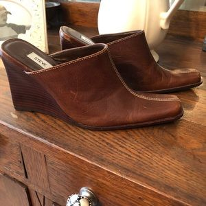Steve Madden wedge mules chestnut leather size 6